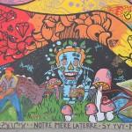 Nog een stuk van de prachtige muurschildering 'Moeder Aarde'