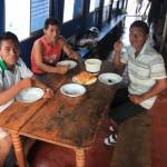 Afscheid van de bemanning van San Miguelito