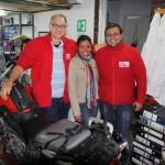 Logistics team Bogota: Steve, Miriam en Oscar